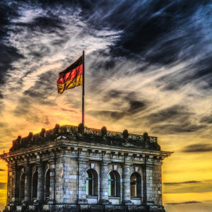 The race to regulation: German government turns to startup Lition for guidance