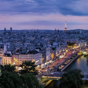 French banks, with ECB's help, must 'seize the question on digital currencies'