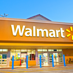 Banks Stopped Walmart Bank – Now the Retail Giant Hits Back With Crypto