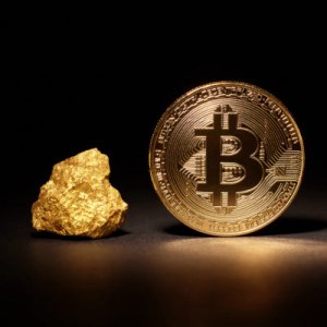 'Uncanny': Historic Gold & Bitcoin Price Charts Almost Identical