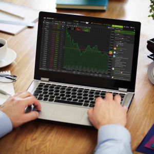 How to Trade Cryptocurrencies with the SimpleFX App
