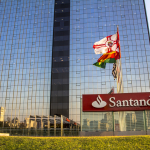 Santander Bank Ordered to Keep Brazilian Bitcoin Exchange Account Open