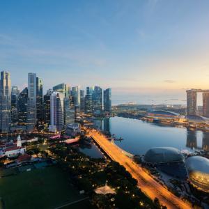 Singapore Central Bank Okays Crypto Derivatives Trading