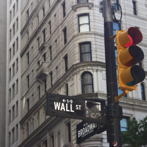 "Wall Street ""Fear"" Indicator Puts Bitcoin Under Extreme Downside Risks"
