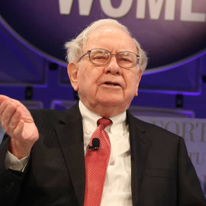 Unrepented Warren Buffet Calls Bitcoin a Delusion That Attracts Charlatans