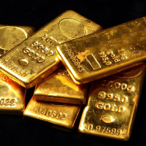 Why Goldman Sachs Predicts Gold Will Climb 10% to $1,425
