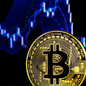 Bitcoin Price to Bottom at $5,700 in Short-Term Before Recovery: Analyst