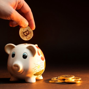 Crypto Firm BlockFi Trims Interest Rates of Bitcoin Savings Accounts