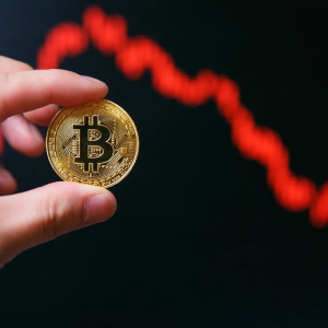 Bitcoin Price Drops to New Yearly Low at $3,200: What's Causing the Decline?