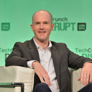 Coinbase's Brian Armstrong Says it's Okay to Use Hot Wallets to Store Bitcoin