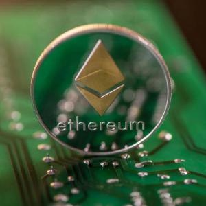 Ethereum to Soar to $900, Predicts Popular Elliott Wave Trader