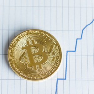 $10,800: Bitcoin Price Spikes in Flash Surge but Don't Get Excited Just Yet