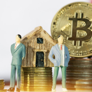 Why Low Mortgage Rates Could Help Power the Next Bitcoin Bull Run