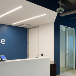 Coinbase's Global Marketing Head Latest to Join Mass Exit