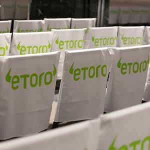 eToro Aims to Put Derivatives on the Blockchain With Lira Programming Language