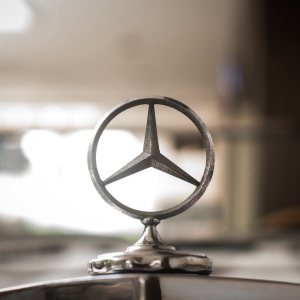 Different Cars, Same Radio Presets; Daimler Blockchain Venture Lets Settings Follow Users