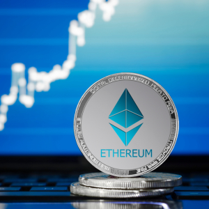 $900 Million: Coinbase Records Highest Weekly Ethereum Trading Volume Since 2017