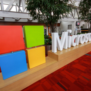 Microsoft Partners with Waves to Tokenize Industrial Assets