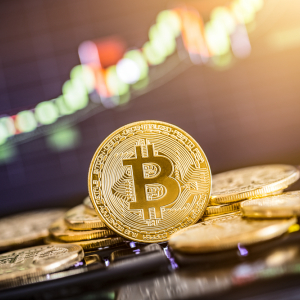 Bitcoin May Rise toward $8,800, Short-Term Cross Indicates