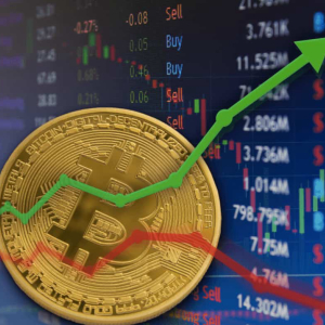 Bitcoin [BTC] Price Prediction: Bulls Awake as BTC/USD zooms above $8,400