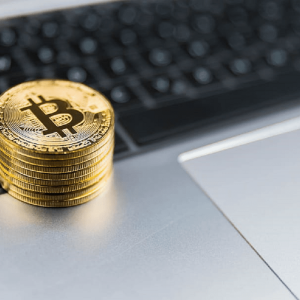 Bitcoin (BTC) Trading Volumes Pattern Signals Possible Reversal Below $7000 In Coming Days