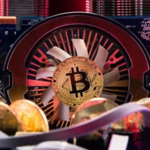 Bitcoin Price Analysis: BTC Remains Stagnant As Block Halving Approaches