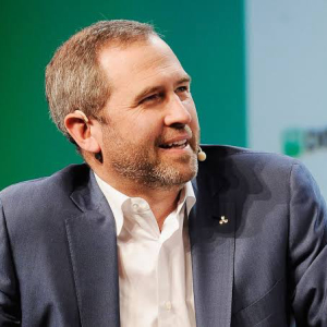 "Ripple CEO Clears FUD Around ""XRP Dumping"" in an Interview with Pomp"