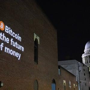 "Bitpanda flashes ""Bitcoin is the future of money"" across European states."