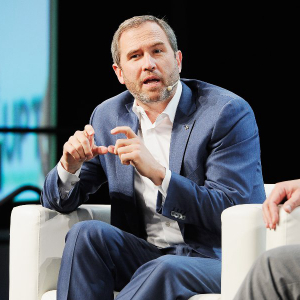 Ripple CEO calls on US regulators to embrace crypto as the nation falls behind China in innovation.
