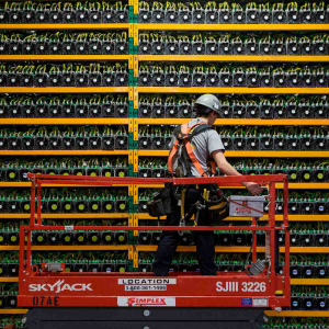 Bitcoin mining machine maker Canaan reports $5.6 million net loss in Q1 of 2020.