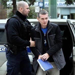 Paris court orders Alexander Vinnik to remain under arrest.