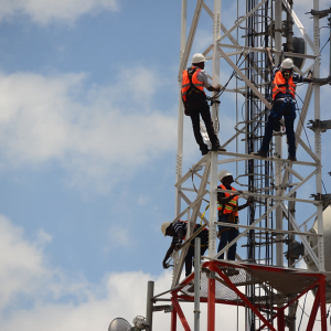 Premier African Tower Operator Helios Raises $364 Million in Low-key IPO