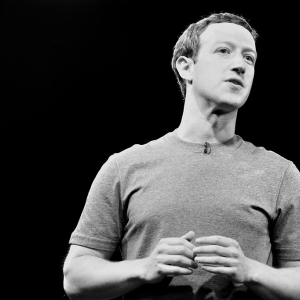 Mark Zuckerberg Holding Private Dinners with Conservative Influencers