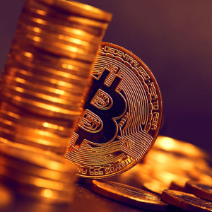 Bitcoin Bulls Gain Momentum above $7,400 Price Level for Another Assault