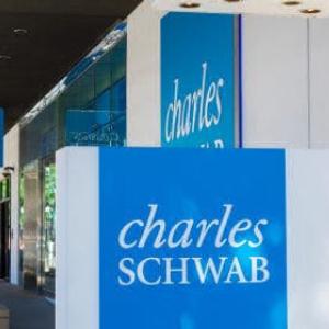 Blockchain and Crypto Mining Stocks Attract Big Asset Managers Like Fidelity, Vanguard, Schwab