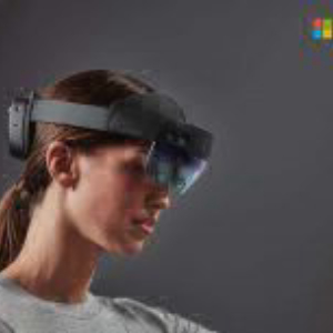 Microsoft's HoloLens 2 Will Go On Sale in September