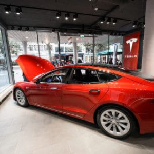 Leaked Email from Elon Musk to Tesla Employees Suggest 'Record Deliveries Possible'