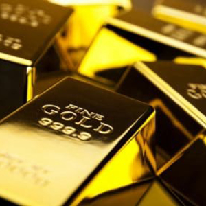 Gold Price Plunges 5% Even As Treasury Yield Rises on Positive Coronavirus Vaccine Efforts