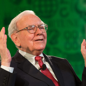 Berkshire Hathaway Buying Amazon (AMZN) Stocks, Buffet Says He Didn't Do It