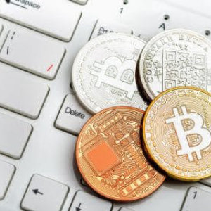 Bitcoin Price Dropped Below $6,000 Yesterday, Now Trading Above $6,200