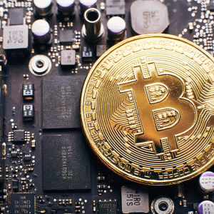 Bitcoin Halving Will Trigger 'Supply Shock', Warns Venture Capitalist