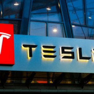 Tesla (TSLA) Stock Could Rise More Than 100%, Claim Analysts