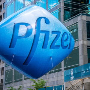 Pfizer (PFE), BioNTech (BNTX) Stocks Surge, Their Coronavirus Vaccine Candidates Get 'Fast Track' Designation
