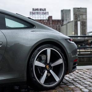 Elon Musk Calls Bill Gates Underwhelming after Billionaire Buys a Porsche Not a Tesla