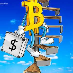 Bitcoin Price 'Golden Cross' Hints at 170% Rally to $26K by Halving