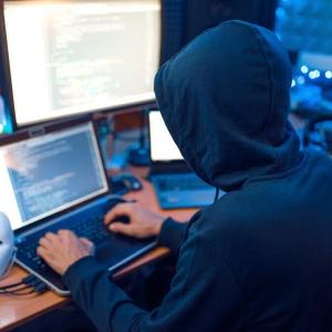 Criptomonedas dan golpe bajo al mercado negro de internet gracias al coronavirus