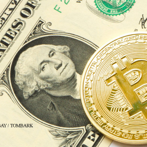 Could Bitcoin Benefit from a Weaker U.S. Dollar?