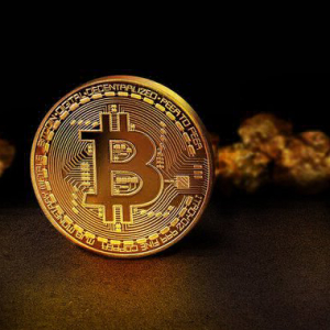 Bitcoin's Correlation With Gold 'Increased Significantly' Amid Coronavirus Induced Sell-Off: Report