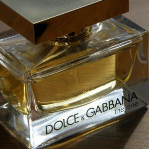 Polygon ($MATIC) Powered Debut NFT Collection by Dolce & Gabbana Sells for 1,885 ETH