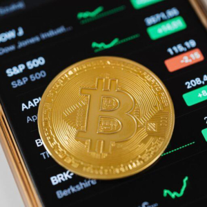 Veteran Trader Peter Brandt: Bitcoin's Price Correction Is 'Very Mild Historically'